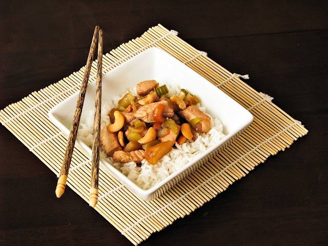Recipes on the Road – Quick & Easy Cashew Chicken